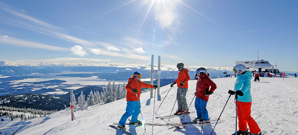 Top 5 Ski Resorts in America Revealed