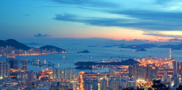 Hong Kong Real Estate Investors Betting Against Bubble Crash