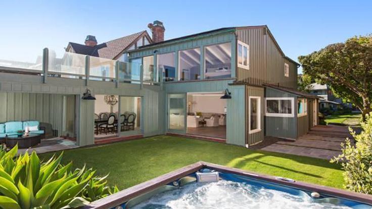 Leonardo DiCaprio Cuts Price for Malibu Home