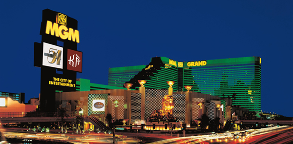 MGM to Build $800 Million Casino-Retail District