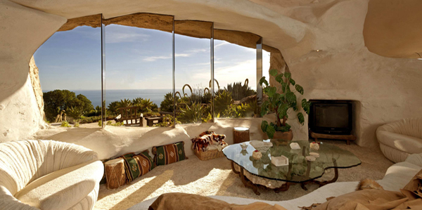 Dick Clark Selling 'Flintstones' Malibu Retreat