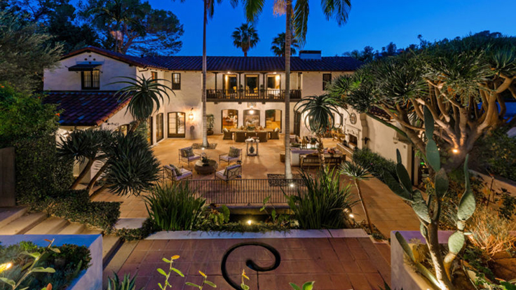 Robert Pattinson Officially Lists L.A. Home