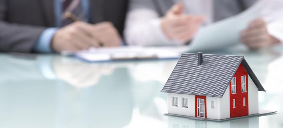 How Do I Become a Real Estate Agent?