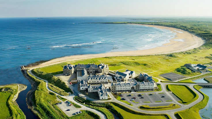 Donald Trump Buys Golf Resort in Ireland