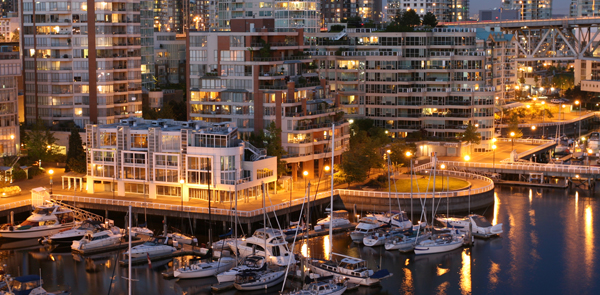 Canadians Top Global Buyers of U.S. Residences; Chinese Ranked Second