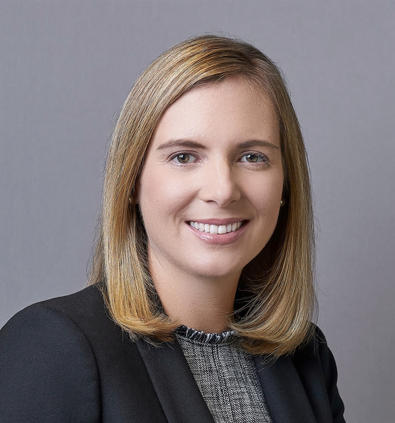 CBRE APPOINTS LEAH C  STEARNS AS CHIEF FINANCIAL OFFICER
